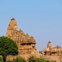 3 days, 2 flights, 2 trains, 1 cab ride -- Orchha & Khajuraho!